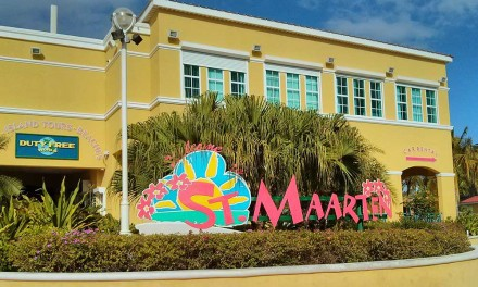One Day in Philipsburg St Maarten – Sun, Surf, Shopping and Star Wars