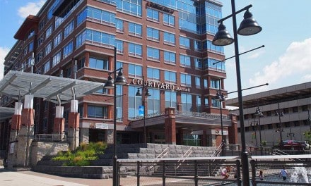 Courtyard Marriott Buffalo Canalside Hotel Review