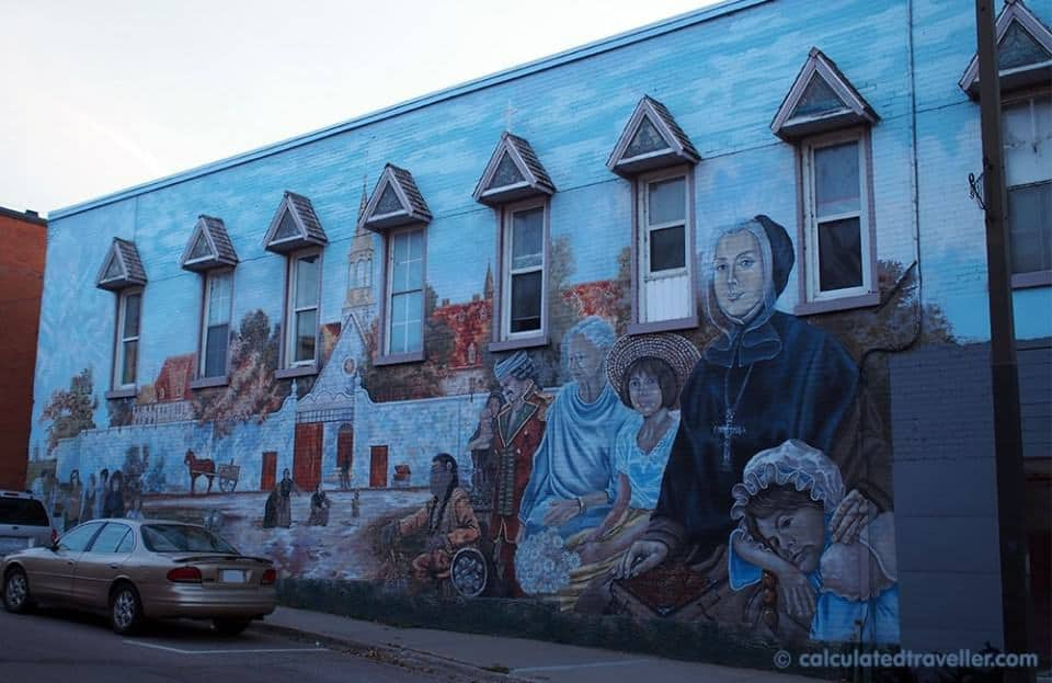 Pembroke Ontario - Heritage Murals, Crepes and Theatre