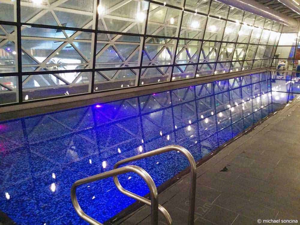 Tips for a 26-Hour Stop over Doha, Qatar - Airport Hotel Vitality Pool