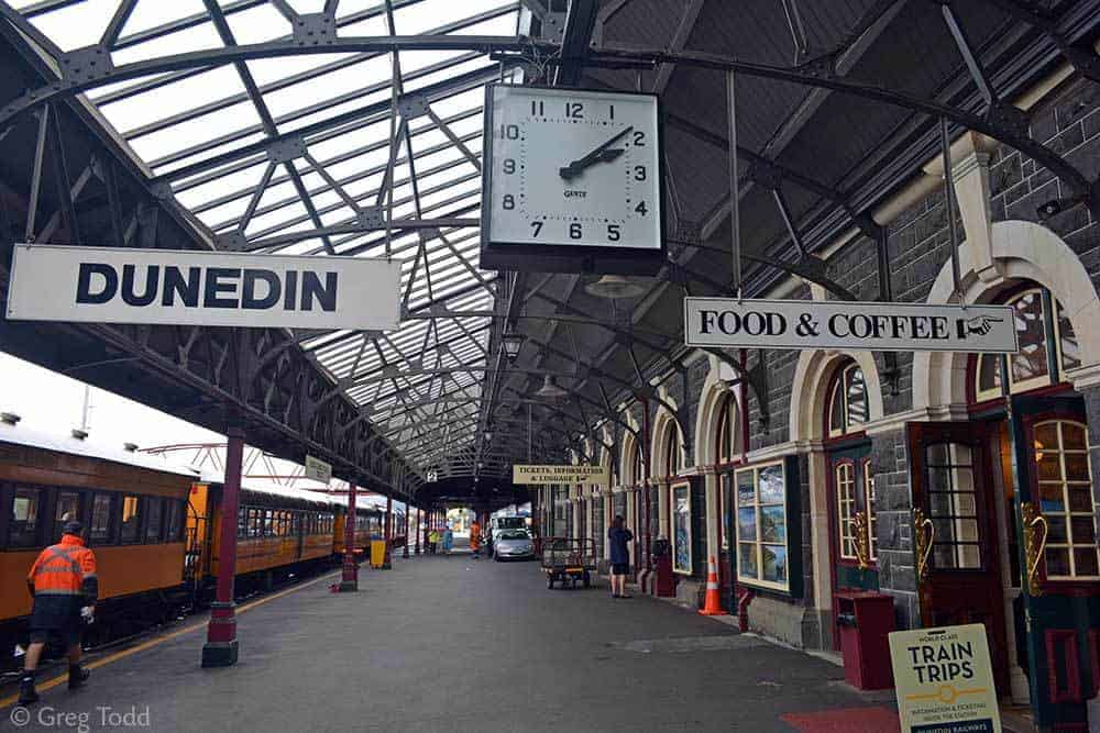 15 Recommended Things to Do in New Zealand - Dunedin Railways