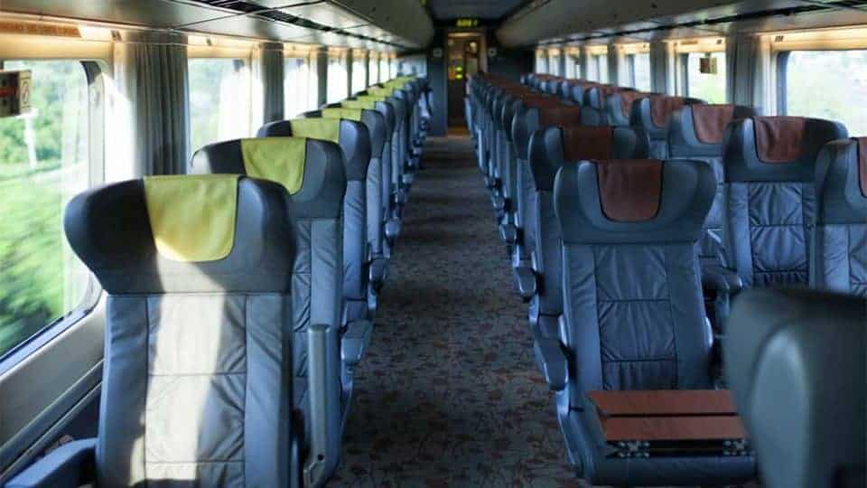 A VIA Rail Business Class Adventure from Toronto to Montreal Train - Business Class Train