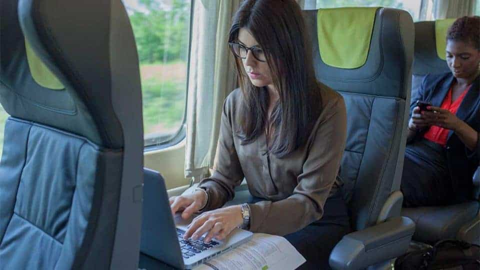 A VIA Rail Business Class Adventure from Toronto to Montreal - working enroute