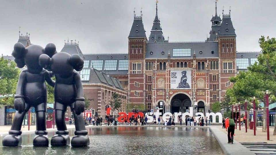10 Outstanding Destinations for Solo Travel - Amsterdam