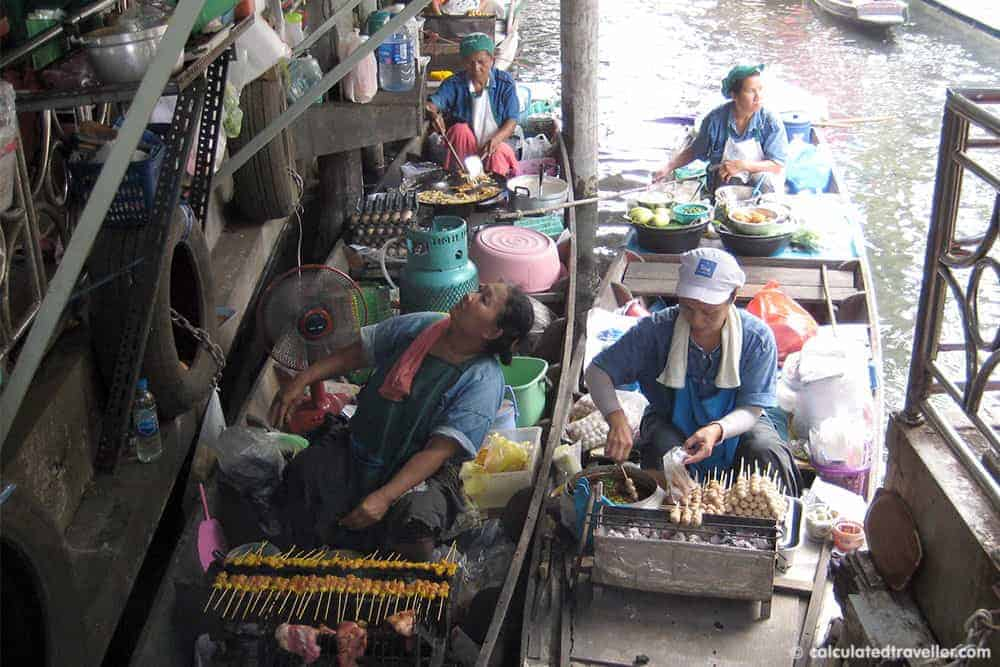Eating out in Bangkok, Thailand - Tailing Chan Floating Market