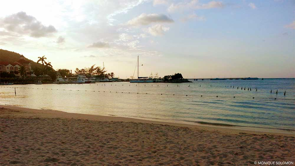 A Local Jamaican Guide to the Top Things to do in Ocho Rios - Bay Beach