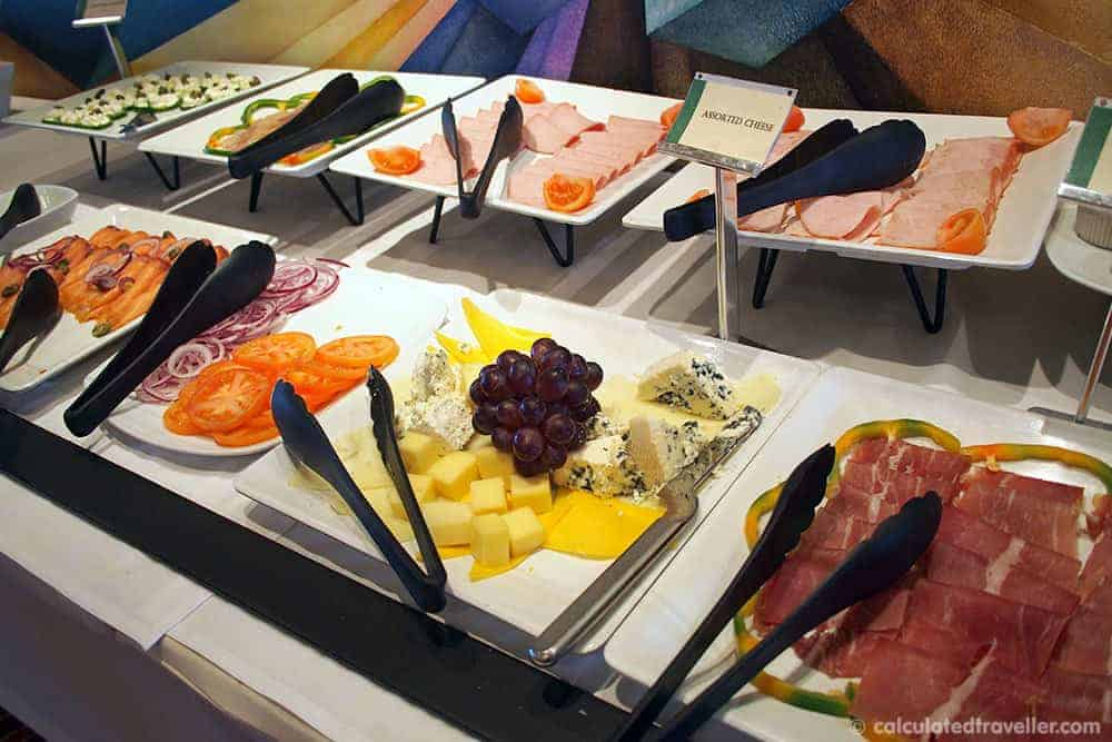 Five Tips for Eating at the Hotel Breakfast Buffet - Cheese and deli meats