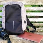 Review: Super Secure Anti-Theft Backpack – Charging at Home and On the Go