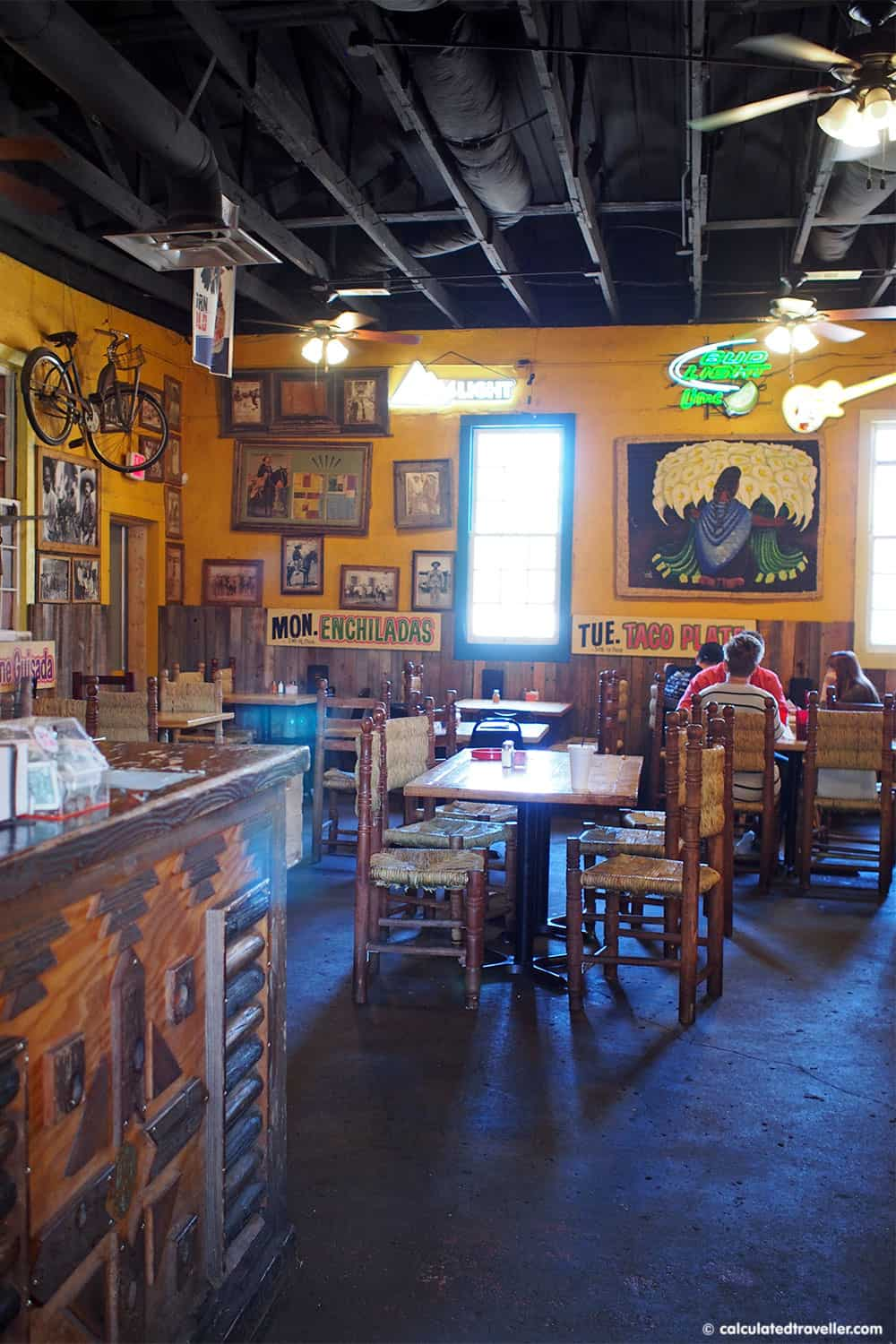 Tex Mex Good Eats at Braceros Mexican Grill and Bar Amarillo Texas - Interior view of the restaurant | #TexMex #Restaurant #Amarillo #Texas #USA