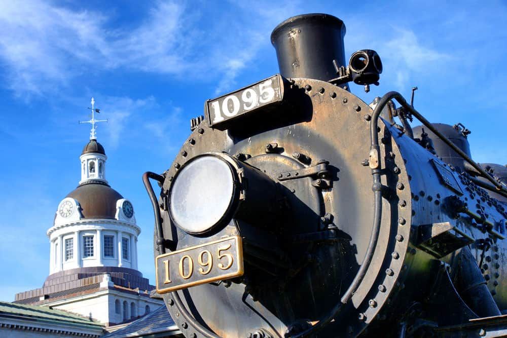 Welcome to the Limestone City of Kingston, Ontario - Kingston City Hall and Historic Train