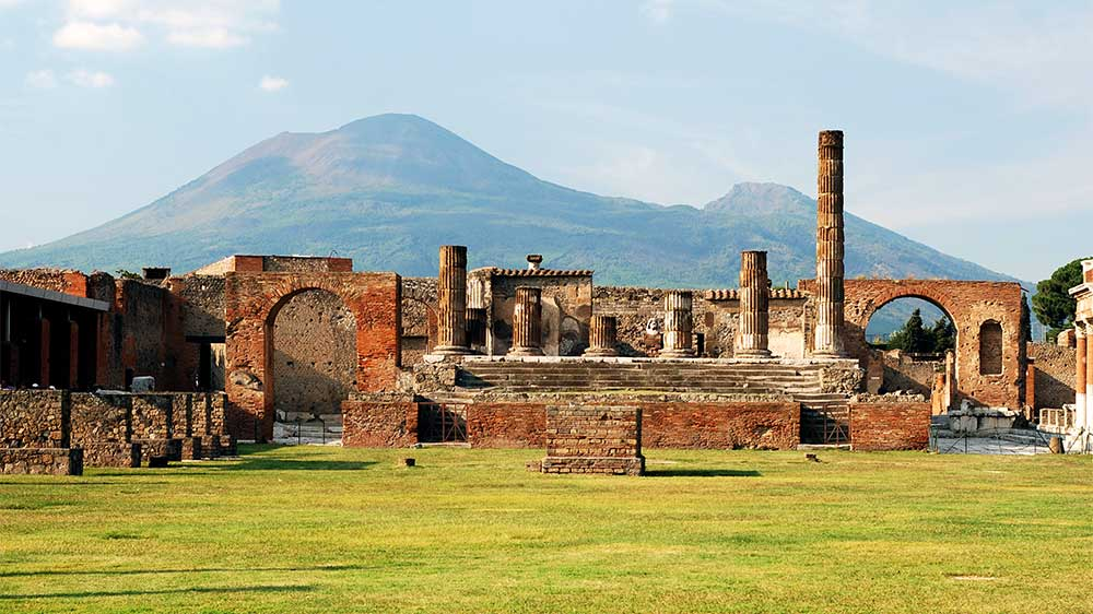5 Best European Adventures for History Buffs. Pompeii in Naples Italy