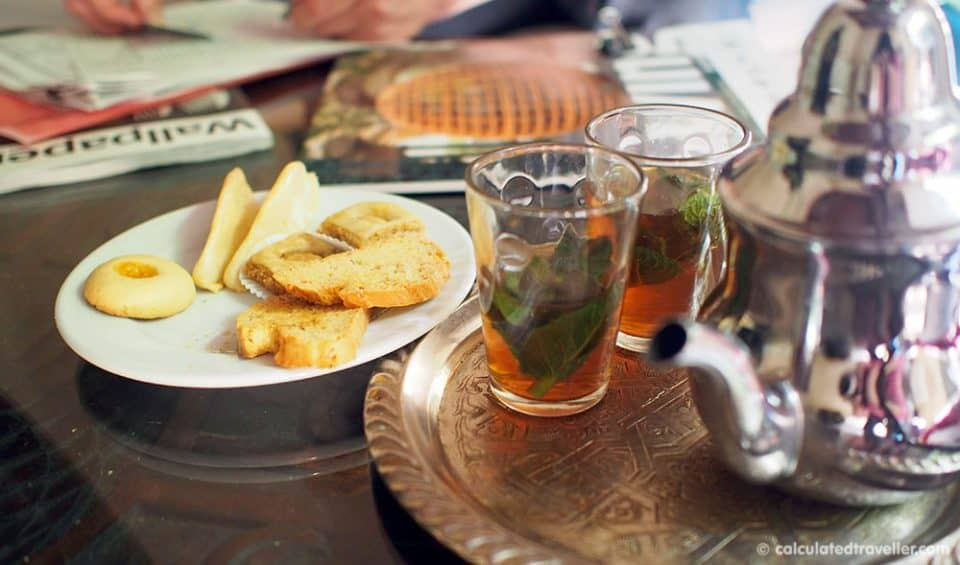 Riad Dar Les Cigognes welcome mint tea and cookies