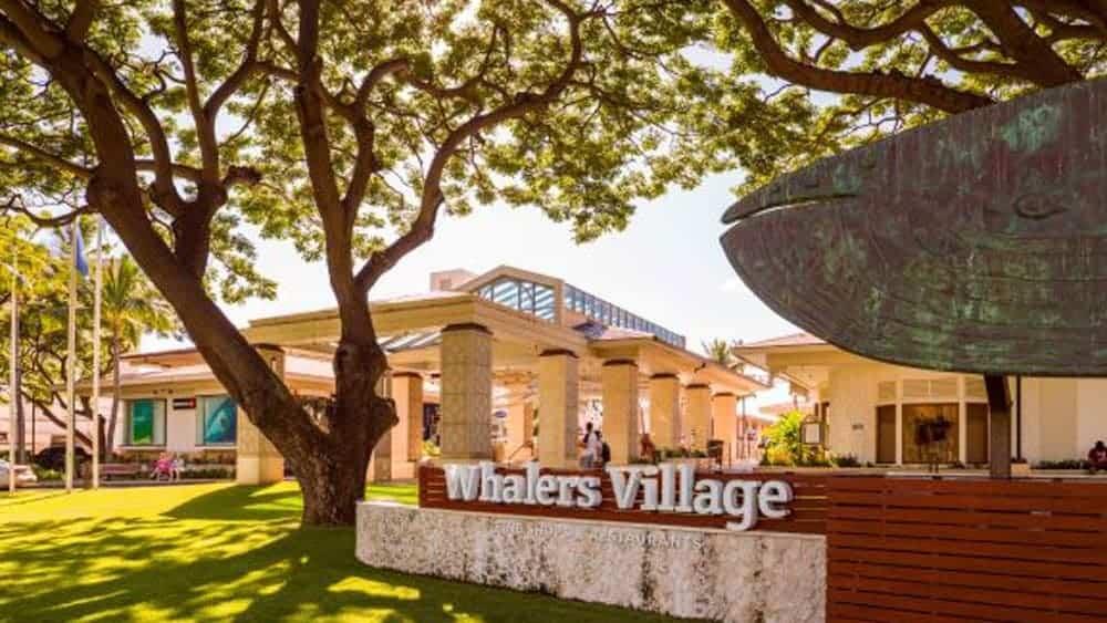 Whalers Village shops exterior photo