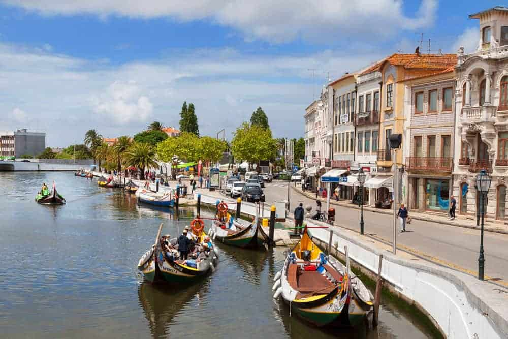 """Aveiro the """"Venice of Portugal. A perfect day trip during a weekend to Porto."""