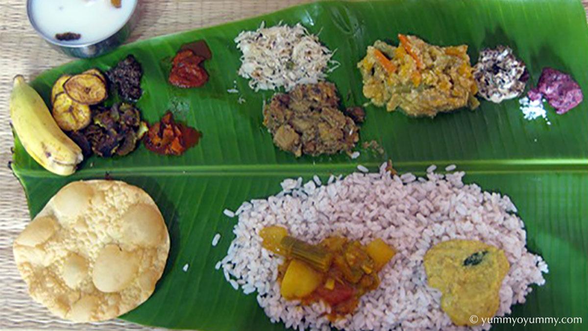 Ela Sadhya 是印度喀拉拉邦的主要菜餚之一